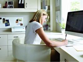 Confira algumas dicas para trabalhar em um home office e ser produtiva, organizando seu espaço de trabalho e seguindo algumas regras essenciais para quem adota esse modelo.